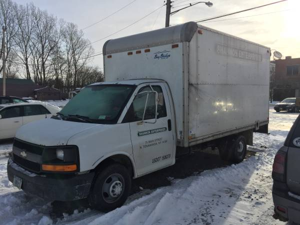 2005 Chevy Box Truck 16 ft