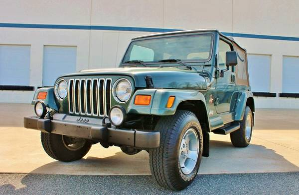 antiquenever2002 Jeep Wrangler Sahara Sport Utility
