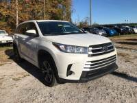 Pre-Owned 2017 Toyota Highlander LE FWD 4D Sport Utility