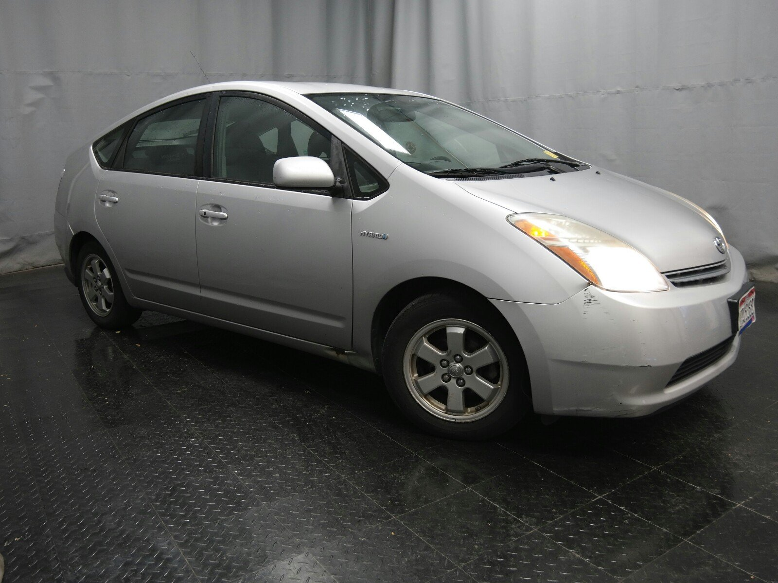 Photo 2006 Toyota Prius Base Sedan Front-wheel Drive
