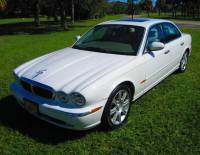 2004 Jaguar XJ-Series XJ8 4dr Sedan