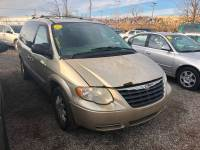 2005 Chrysler Town and Country Signature Series 4dr Extended Mini-Van