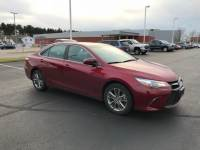 Used 2015 Toyota Camry SE w/Moonroof, Bluetooth, Backup Camera & Alloy Wh Sedan in Plover, WI