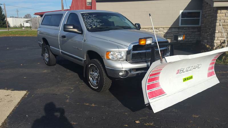 2005 Dodge Ram Pickup 2500 2dr Regular Cab SLT 4WD LB