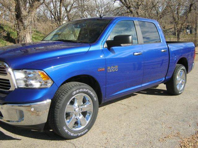 2018 RAM Ram Pickup 1500 4x4 Big Horn 4dr Crew Cab 5.5 ft. SB Pickup