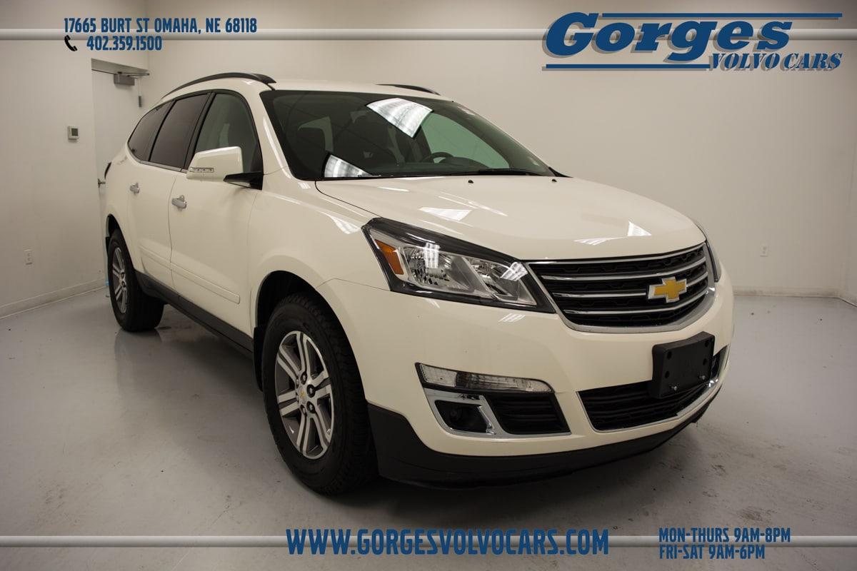 Used 2015 Chevrolet Traverse LT w/1LT SUV For Sale in Omaha