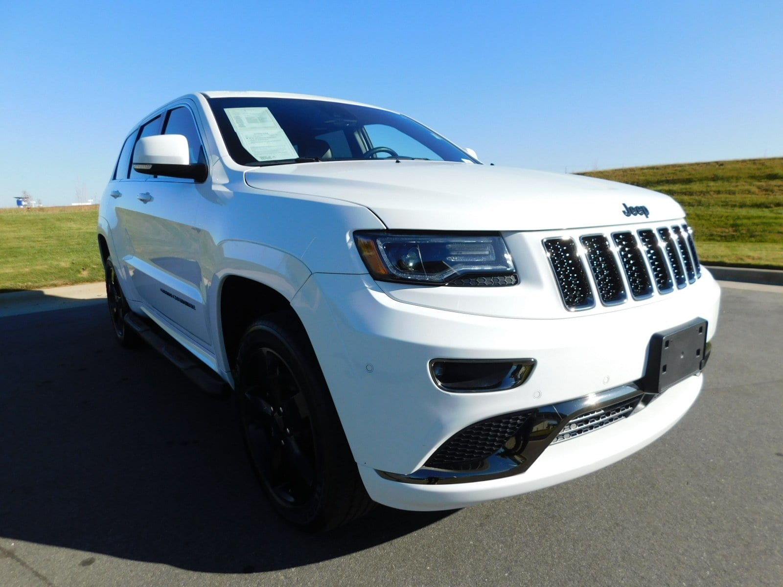 Photo 2015 Jeep Grand Cherokee High Altitude 4WD High Altitude in Franklin, TN