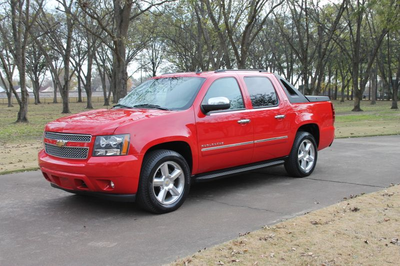 Used 2010 Chevrolet Avalanche LTZ 4WD