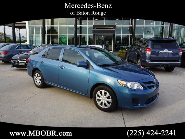 Pre-Owned 2013 Toyota Corolla LE Special Edition FWD 4D Sedan