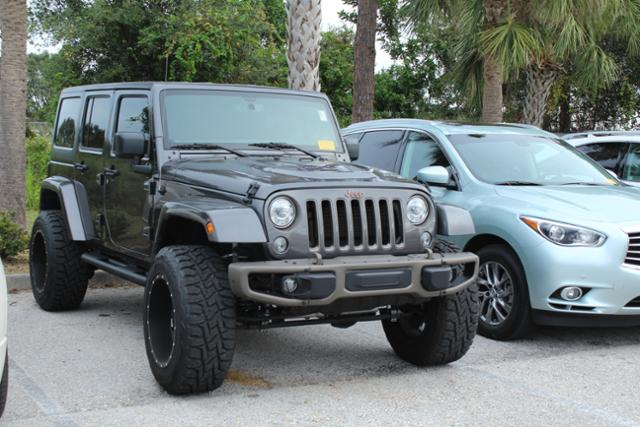 Pre-Owned 2017 Jeep Wrangler Unlimited 75th Anniversary 4x4 *Ltd Avail* 4WD