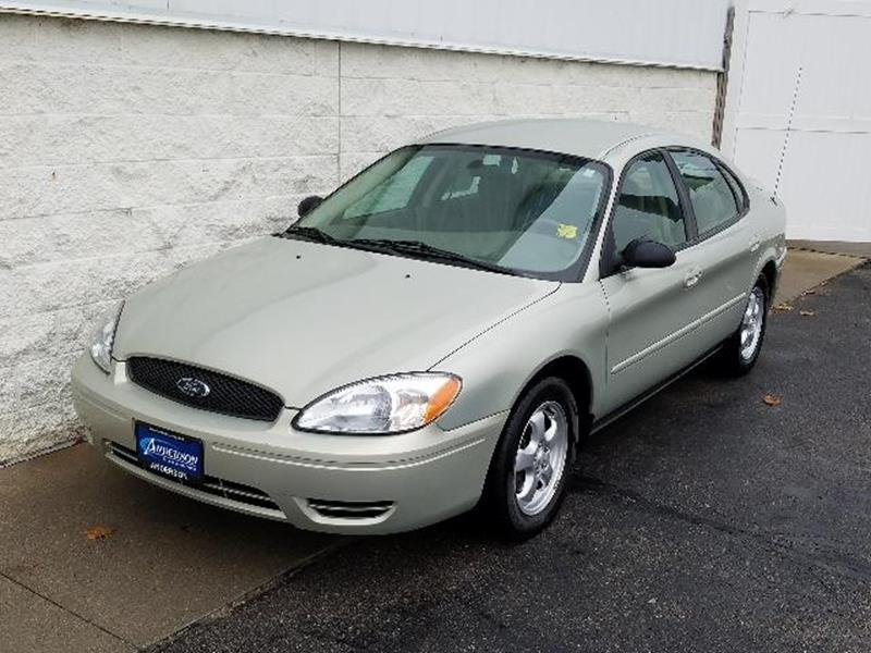2005 Ford Taurus SE 4dr Sedan