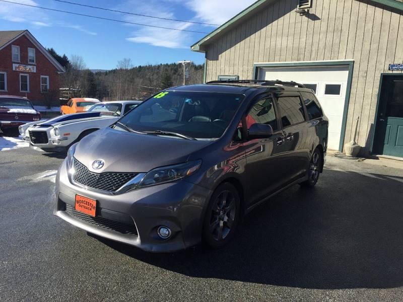 2015 Toyota Sienna SE Premium 8-Passenger 4dr Mini-Van