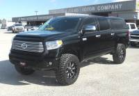 2016 Toyota Tundra CrewMax 5.7L FFV V8 6-Spd AT Platinum (Natl)