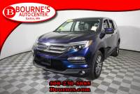2016 Honda Pilot EX-L AWD w/ Leather,Sunroof,Heated Front Seats, And Backup Camera.