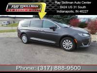 Pre-Owned 2017 Chrysler Pacifica Touring-L FWD Minivan