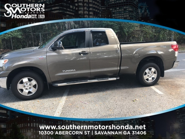 PRE-OWNED 2011 TOYOTA TUNDRA GRADE RWD 4D DOUBLE CAB