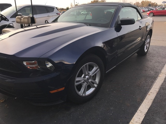 2011 Ford Mustang V6 Convertible V6 Ti-VCT 24V in London, OH