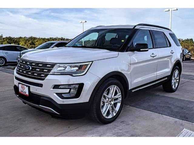 USED 2017 FORD EXPLORER XLT FWD SUV