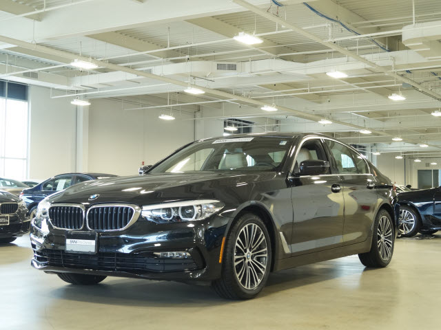 Pre-Owned 2017 BMW 5 Series xDrive AWD