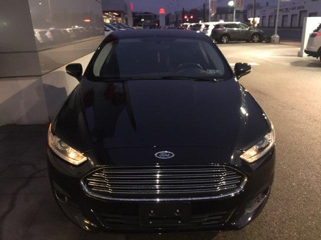 2015 Ford Fusion SE Sedan FWD