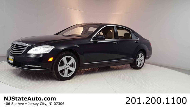 2010 Mercedes-Benz S-Class S 550 4dr Sedan S550 4MATIC