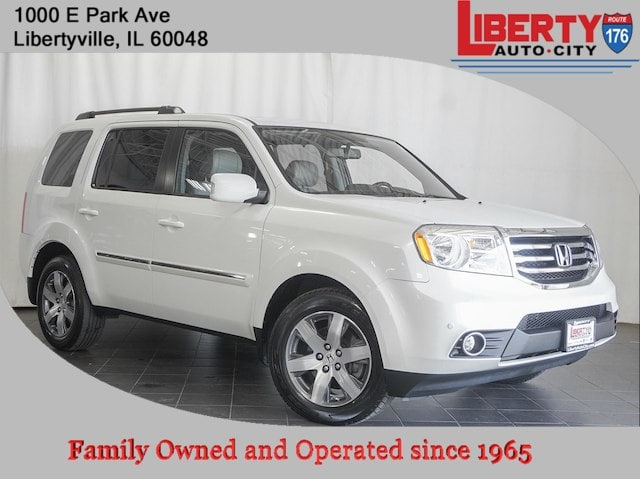 Used 2015 Honda Pilot Touring AWD SUV in Libertyville