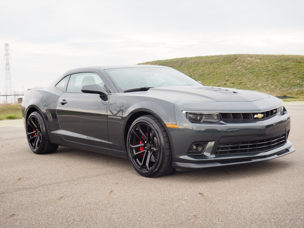 Photo Used 2015 Chevrolet Camaro SS SS Coupe w2SS in Woodhaven, MI