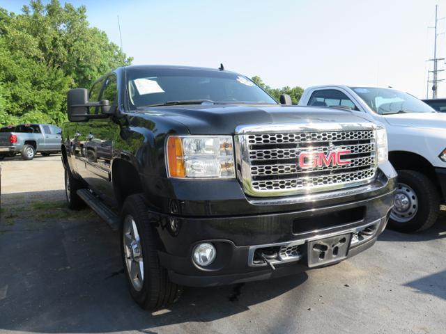 Photo 2011 GMC Sierra 2500HD Denali Crew Cab 4WD