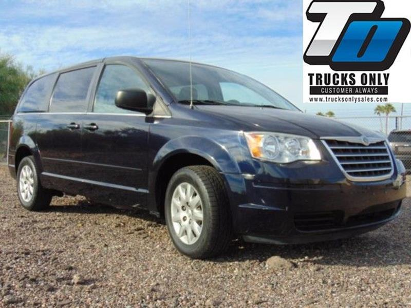 2010 Chrysler Town and Country LX 4dr Mini-Van