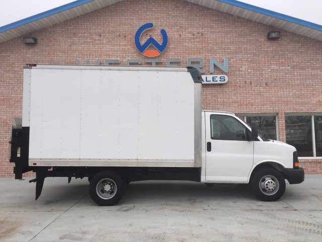 2012 Chevrolet Express Box Van