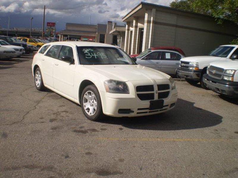 2005 Dodge Magnum SE 4dr Wagon