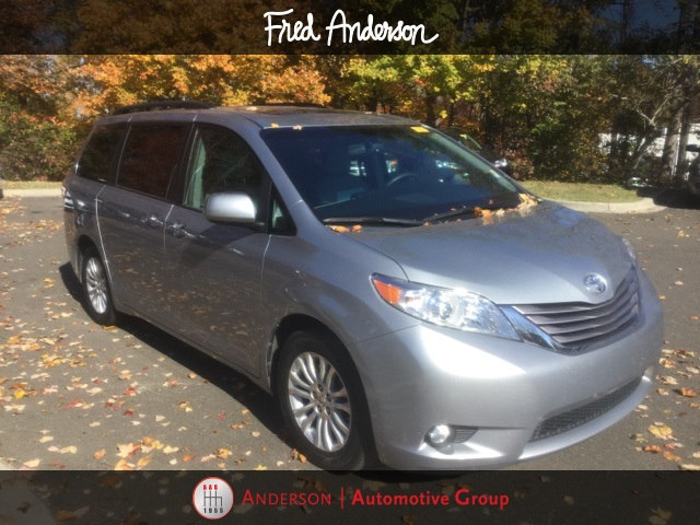 Pre-Owned 2015 Toyota Sienna XLE Premium Van For Sale | Raleigh NC