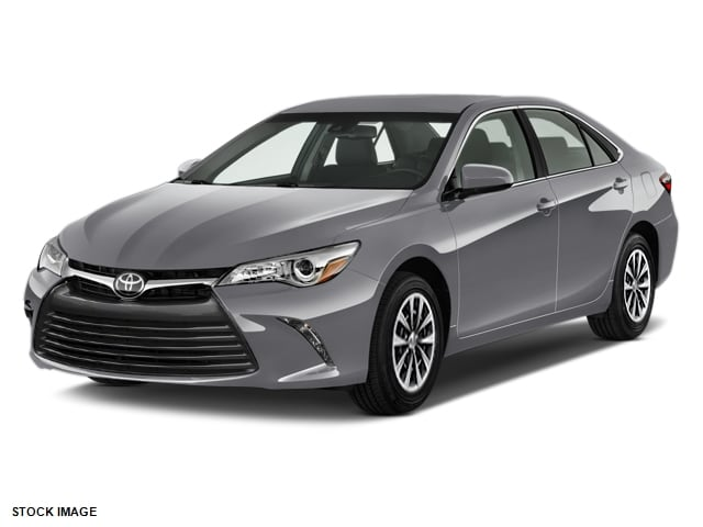 2017 Toyota Camry LE Sedan Front-wheel Drive | Near Middletown