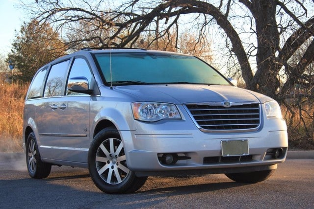 Used 2009 Chrysler Town & Country Touring in Ardmore, OK