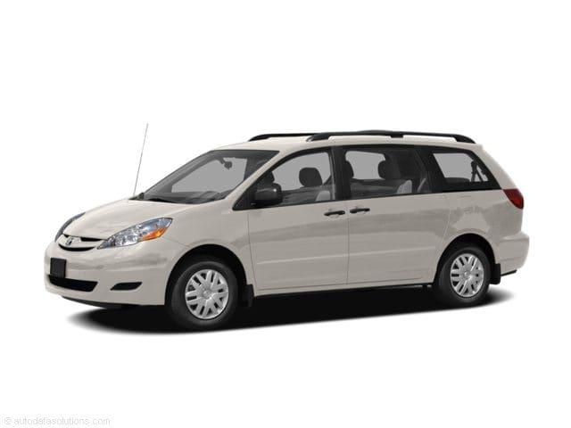 2008 Toyota Sienna XLE 5dr 7-Pass Van FWD Natl Van in Montgomery