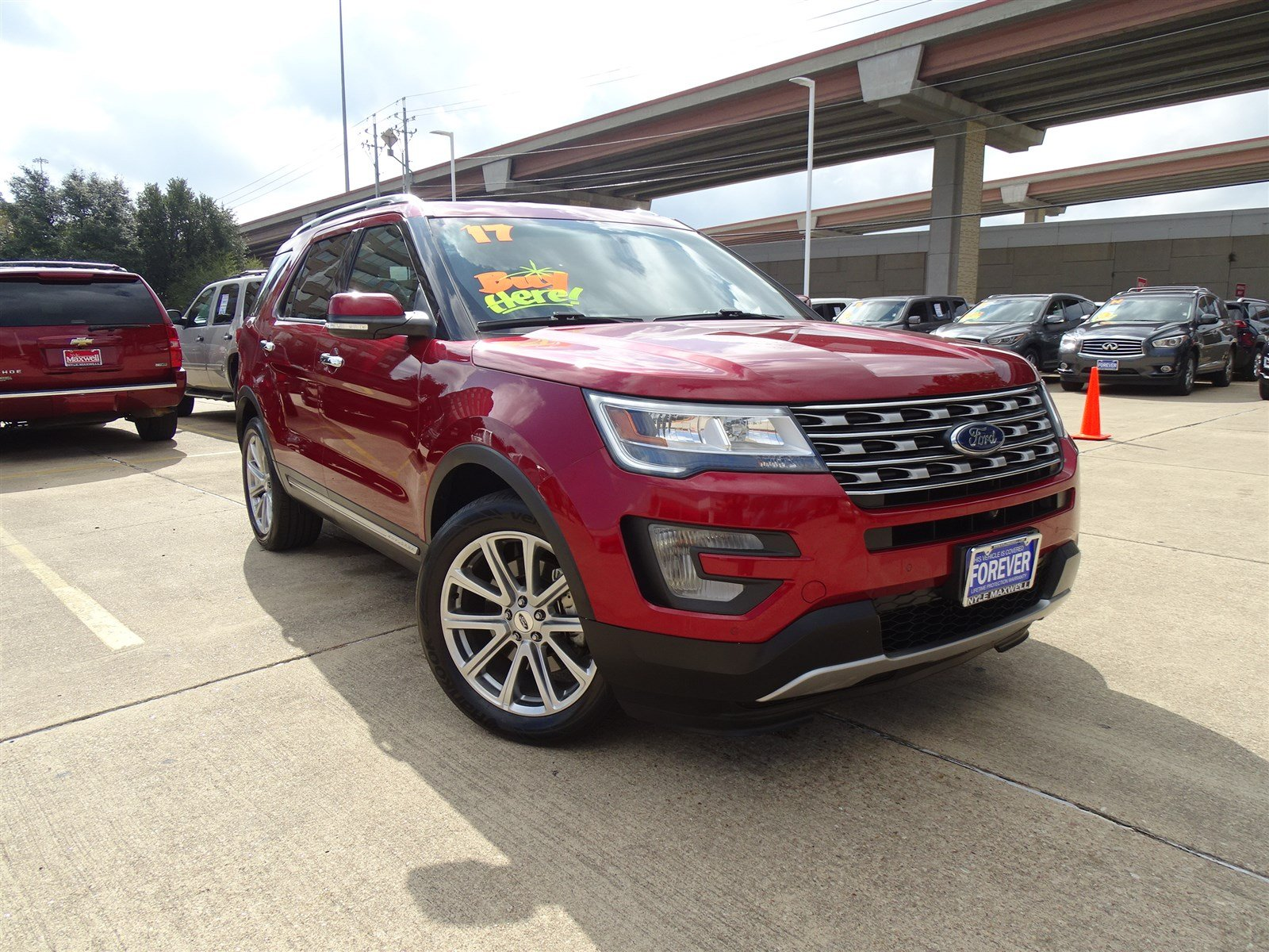 DEALER CERTIFIED PRE-OWNED 2017 FORD EXPLORER LIMITED WITH NAVIGATION & 4WD