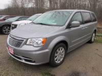 2015 Chrysler Town & Country Touring Touring Mini-Van for sale Near Cleveland