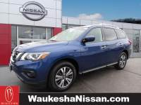 Certified Pre-Owned 2017 Nissan Pathfinder SV SUV in Waukesha, WI