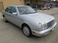 1998 Mercedes-Benz E-Class E 320 4dr Sedan
