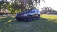 2008 Chevrolet Tahoe LEATHER CUSTOM 22'' BLACK RIMS DVD ENTERTAINMENT