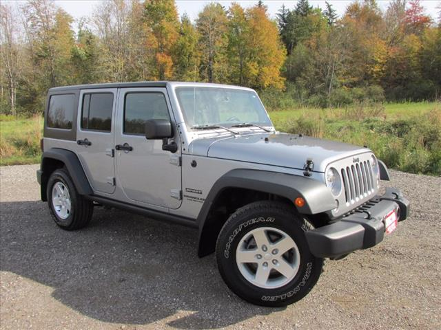2016 Jeep Wrangler Unlimited Sport 4x4 Sport SUV for sale Near Cleveland