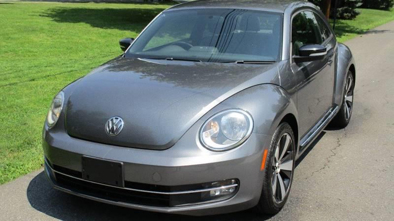 2012 Volkswagen Beetle Turbo PZEV 2dr Coupe 6M