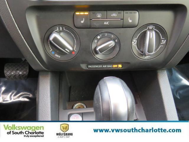 Certified Pre-Owned 2014 Volkswagen Jetta Sedan SE w/Connectivity/Sunroof FWD 4dr Car