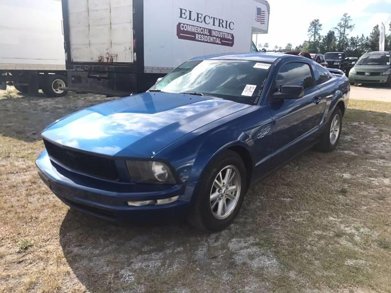 2006 Ford Mustang V6 Premium 2dr Coupe