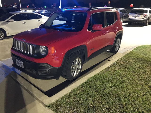 2016 Jeep Renegade Latitude FWD SUV Front-wheel Drive in Irving, TX