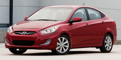 Pre-Owned 2013 Hyundai Accent GLS Heated Seats, Sunroof, Bluetooth, A/C,