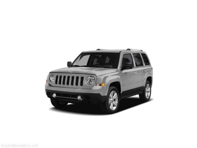 2011 Jeep Patriot Latitude 4WD 4dr in Chattanooga