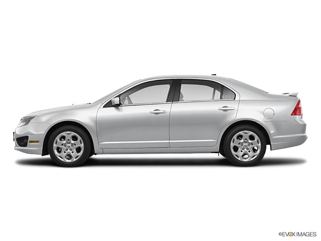 Used 2010 Ford Fusion SE Sedan in Burlington, MA
