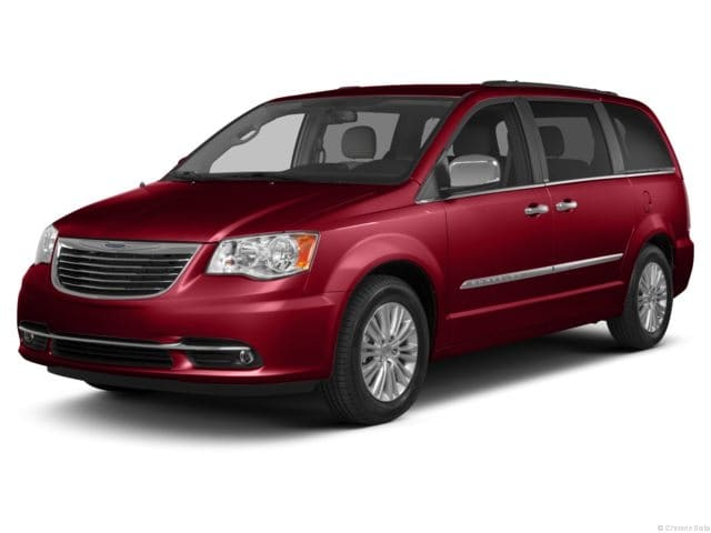 Used 2013 Chrysler Town & Country Touring Van for sale in Maumee, Ohio