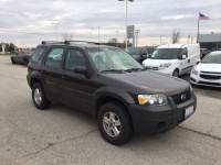 Pre-Owned 2006 Ford Escape XLS in Peoria, IL